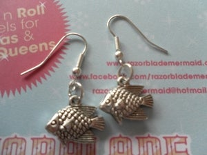 Image of Silver Coloured Fish Earrings Nautical Marine Seaside Coast Sea Life Ocean