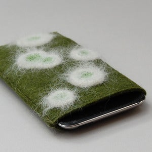 Image of ipod touch sleeve in felt with mould decoration