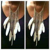 Image of Cream and Gold Feather Earrings and Necklace Set