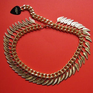 Image of Curled Chunky Feather Necklace (various colours)