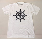 Image of SFV MERCANTILE X PAPA NUI BROTHERHOOD OF THE SEA Ship Wheel Tee White