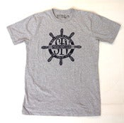 Image of SFV MERCANTILE X PAPA NUI BROTHERHOOD OF THE SEA Ship Wheel Tee Heather Grey
