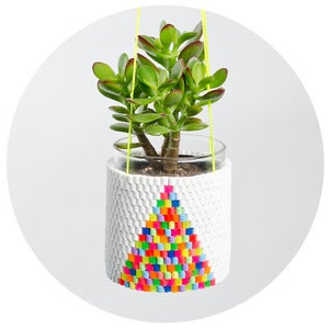 Image of Woven Bead Planter (white with multi colour triangle)