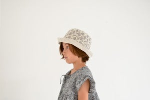 Image of cocon flower hat 