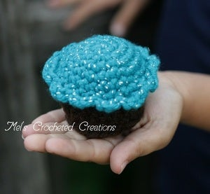 Image of Crocheted Cupcakes