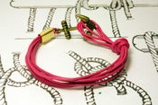 Image of Pulsera 8 Cordones Fucsia