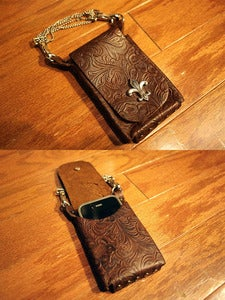 Image of Hangable Handmade Leather Custom iPhone iPod Case with Deatachable Strap