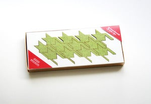 Image of eco-friendly houndstooth table tiles - green