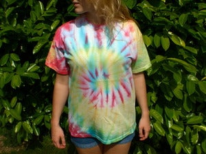 Image of Large Multicolour Hippy Tie Dye T-shirt (Free Peace Badge)