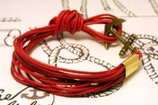 Image of Pulsera 14 Cordones Roja