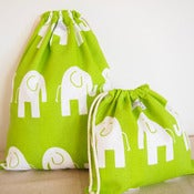 Image of Drawstring bag set - green elephants
