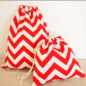 Image of Drawstring bag set - red chevron