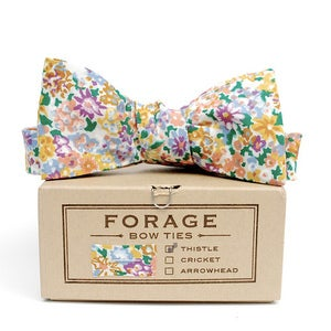 Image of floral {bow tie} *last one