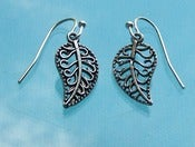 Image of Mini Leaf earrings