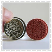 Image of Round Crystal Rubber Stamp - Regal Design