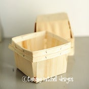 Image of Quart Sized Wood Berry Basket/Box