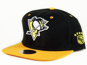 Image of Pittsburgh Penguins Mitchell&amp;Ness Snapback in Black