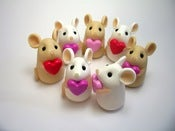 Image of Tiny Love Mouse Shelf Ornament