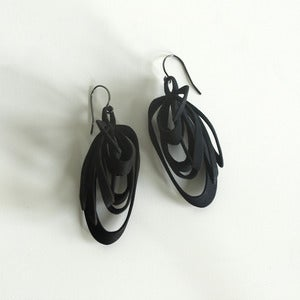 Image of Ribbon Earrings Black