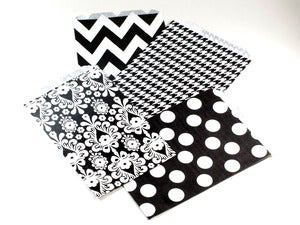 Image of Black &amp; White Pattern Paper Bags