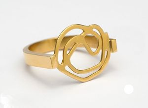 Image of Gold swirl ring