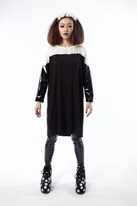 Image of PLASTIC BLACK LONG TEE