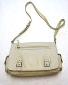 Image of Vintage Auriella Cream Leather Shoulderbag  Purse