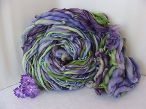 Image of Handspun Superwash Yarn - Purple Pansy