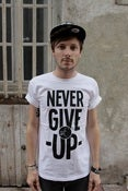 "Image of T-shirt - ""NEVER GIVE UP"""