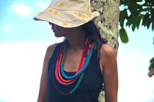 Image of afro lei necklace - honua