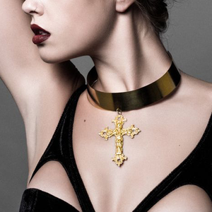 Image of Victoria. Huge Baroque Cross Collar