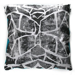 Image of GIRAFFBRA PILLOW