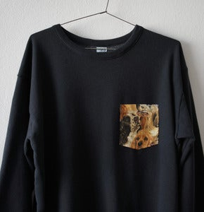Image of DOGS POCKET BLACK SWEATSHIRT