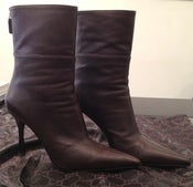 Image of GUCCI Brown Pointy ankle boots UNWORN SZ 9