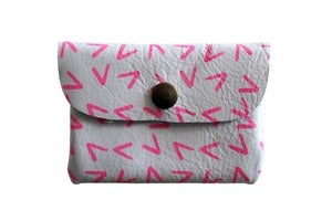 Image of Card Holder- White Leather with Pink Points
