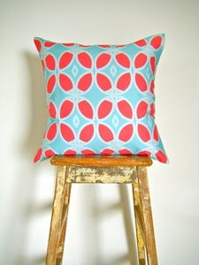 Image of Organic Cotton Cushion Cover - Circle - Aqua and Red
