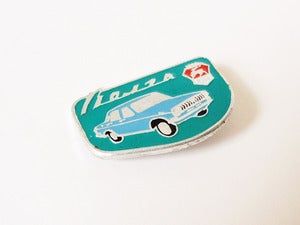 Image of Green Car Pin Badge