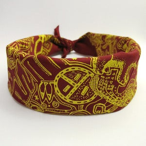 Image of Din Bizaad (Navajo Language) Bandana - Reds