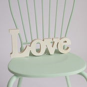 Image of Palabra Love en madera