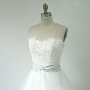 Image of Alencon Lace Bustier - Happily Yours