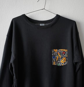 Image of 1980 POCKET BLACK SWEATSHIRT