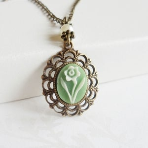 Image of Prelude Cameo Necklace (green)