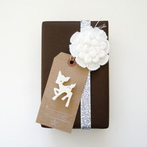 Image of SPECIAL Holiday brooch gift tag