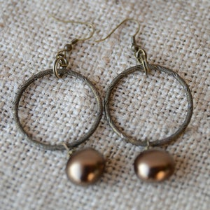 Image of Bronze Shell Pearl Earrings