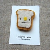 Image of buttered toast brooch // made to order