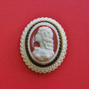 Image of Vintage Cameo Brooches (various designs)