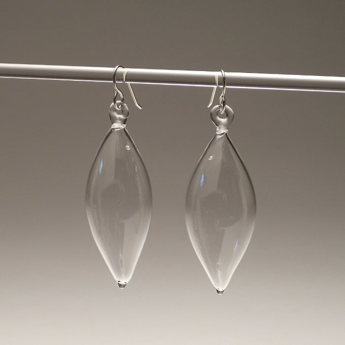 Image of FEATHER earrings/clear