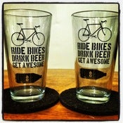 Image of Pint Glass Buddy Set