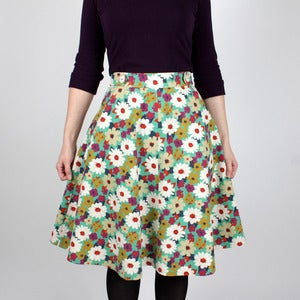 Image of 1206 Hollyburn Skirt