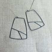 Image of geo hoops - oxidized silver